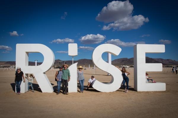 rise1018-7235